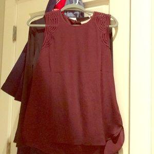Sleeveless burgundy blouse